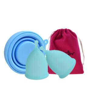 sada dvou modrych menstrauchnich kalisku aneercare
